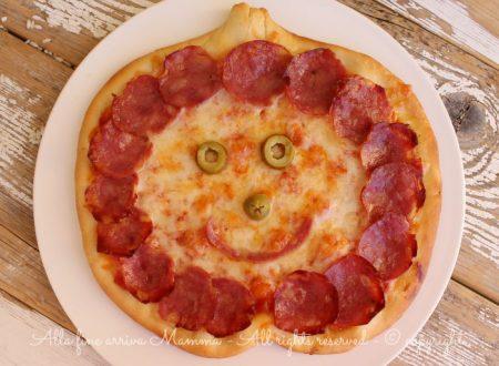 Pizza Halloween simpatica e gustosa