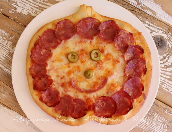 Pizza Halloween simpatica e gustosa Alla fine arriva Mamma