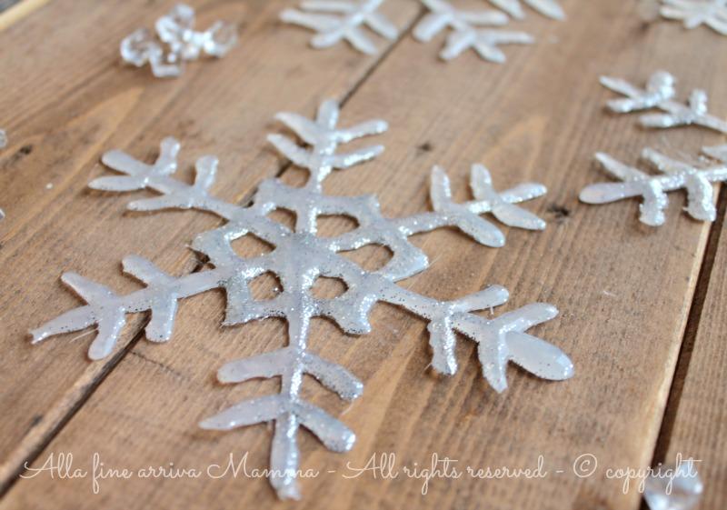 Fiocchi Di Neve Di Carta Facili : Come fare fiocchi di neve alla fine arriva mamma