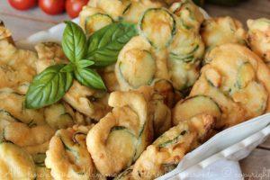 Frittelle di zucchine pastellate