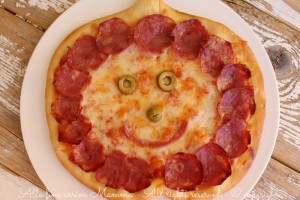 Pizza Halloween simpatica e gustosa