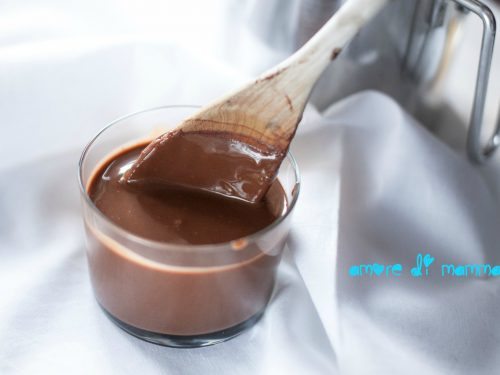 Crema al cacao senza uova, ottima per merenda!