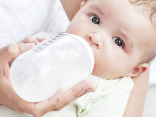 Le informazioni che non aiutano l'allattamento al seno