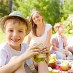 Giochi a costo zero e ricette green da fare in Estate con i bambini