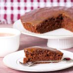 Facciamo merenda: ricetta torta di carote e cioccolato