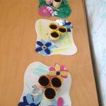 Lavoretto di Pasqua per bambini piccoli: centrotavola fiorito