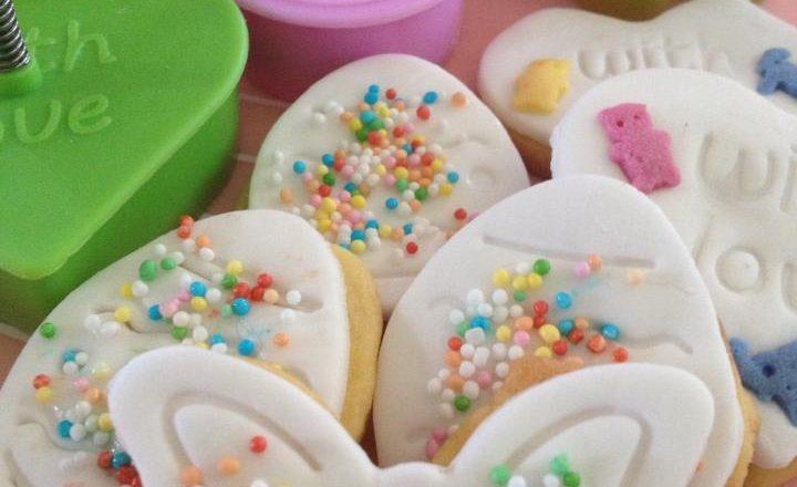 Ricetta biscotti decorati per la colazione di Pasqua