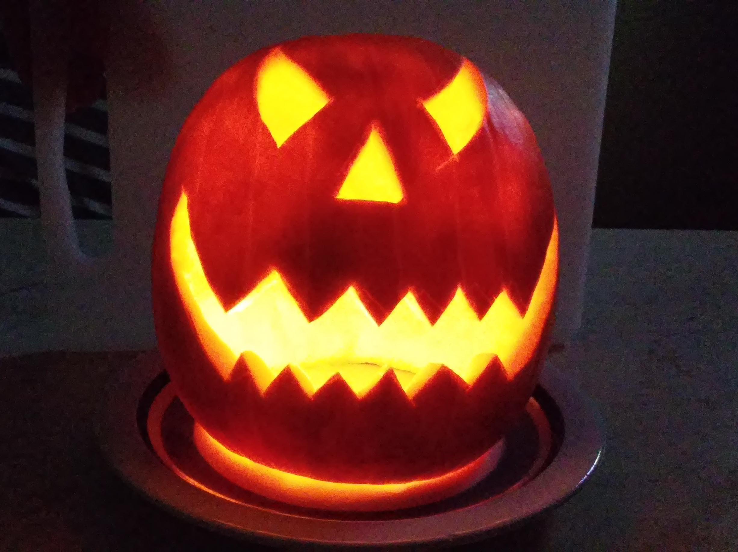 Come intagliare zucca halloween con ecomamma for Immagini zucca di halloween