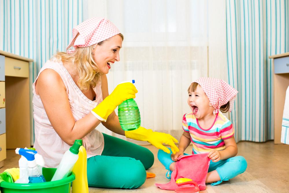 Come coinvolgere bambini nelle pulizie di casa ecomamma - Pulizie di casa ...