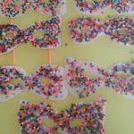 Lavoretti di carnevale con perline: le allegre mascherine