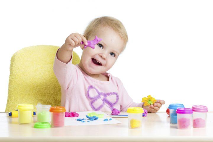4 giochi bambini piccoli da fare in casa ecomamma for Piccoli piani eco compatibili