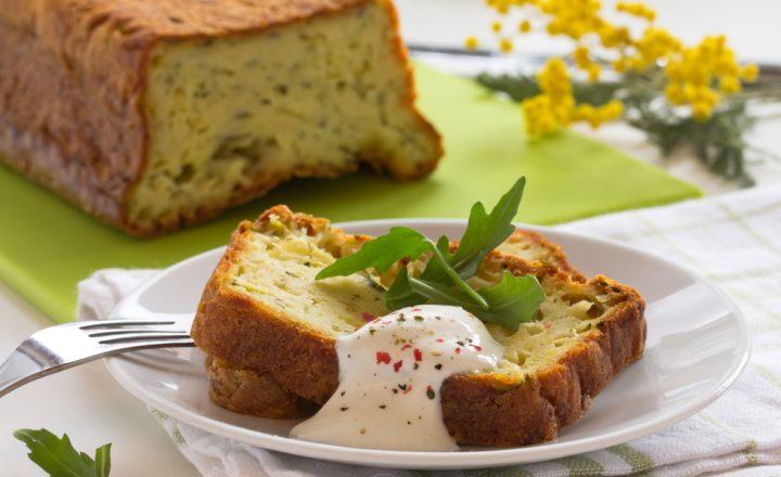 Plumcake salato con yogurt e verdure: irresistibile!