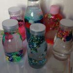 Bottiglie sonore per bambini: ecco come farle a costo zero