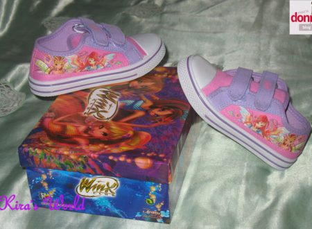 Shopping di primavera per le scarpe delle bambine