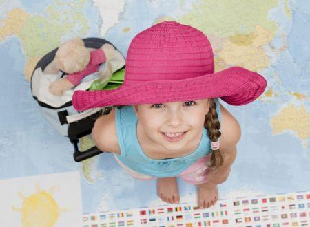 Consigli utili per chi viaggia con i bambini