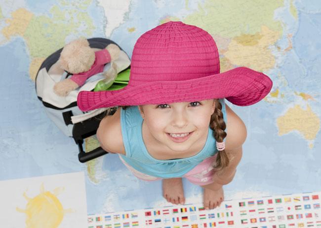 bambina in viaggio