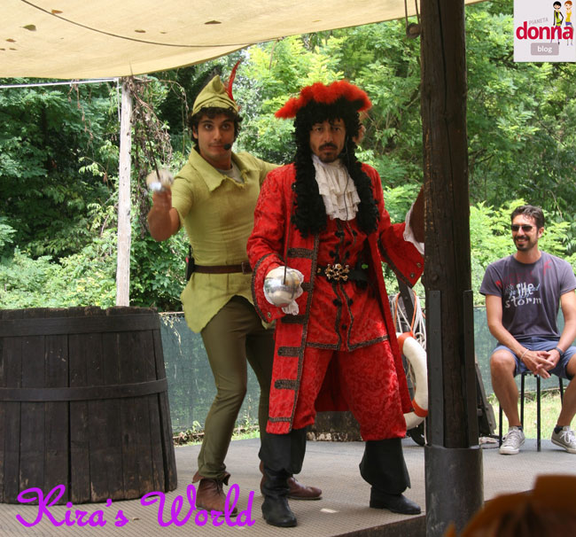 Peter Pan, Capitan Uncino e Spugna