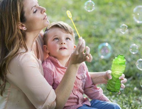 9 motivi per giocare tutti i giorni con i bambini