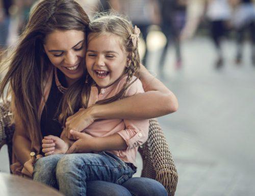 10 consigli Montessori per imparare ad ascoltare i bambini