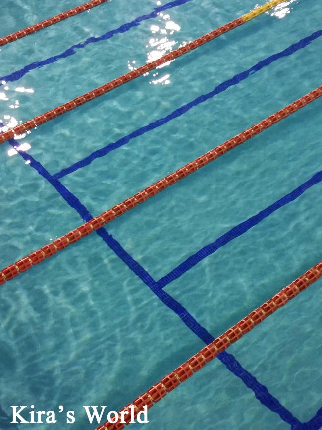 Piscina: imparare a nuotare da grandi