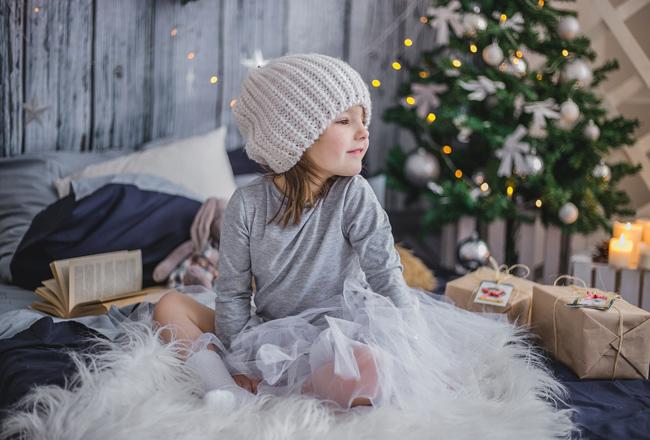 Bambina durante le feste
