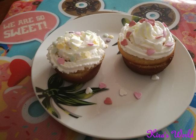 Muffin con panna e cioccolato