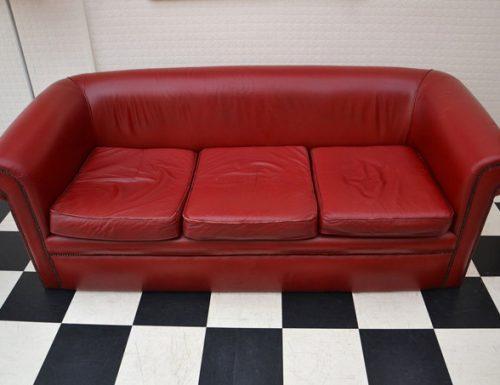 Il divano di Friends arriva a Roma