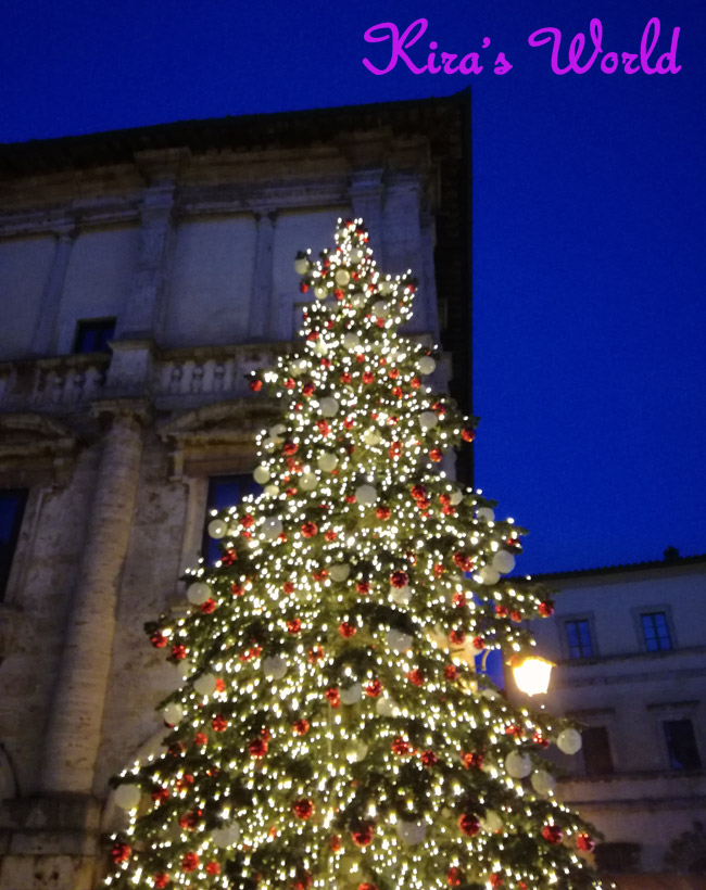 Albero di Natale a Montepulciano