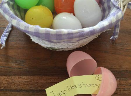 Giochi con ovetti di plastica per insegnare l'inglese