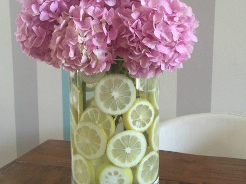 Vaso di fiori decorato
