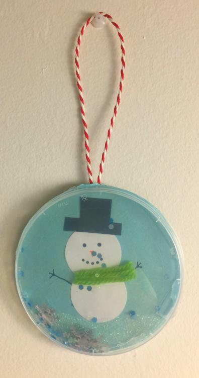 Sfere Di Natale Con Coperchi Di Plastica