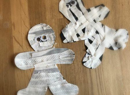 Lavoretto Halloween – mummie di carta