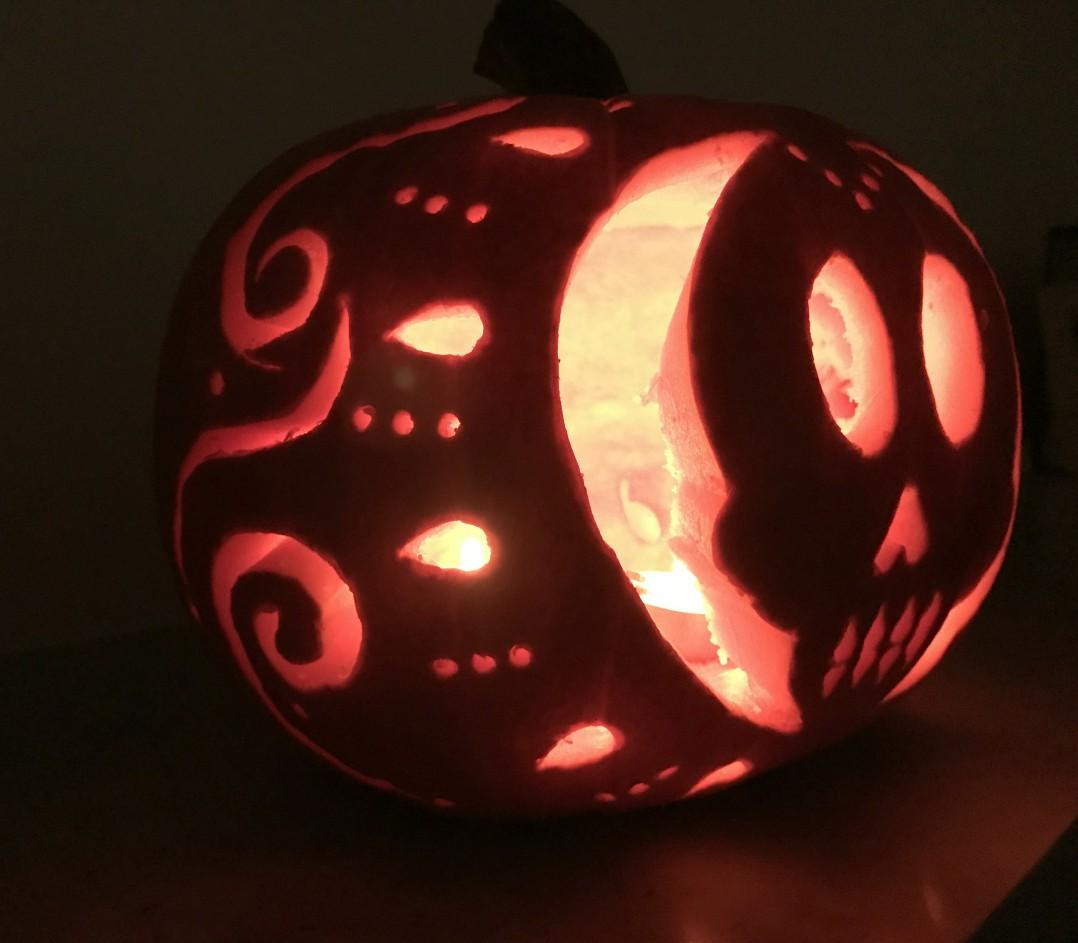 Intagliare Zucca Per Halloween Disegni come intagliare una zucca con teschio