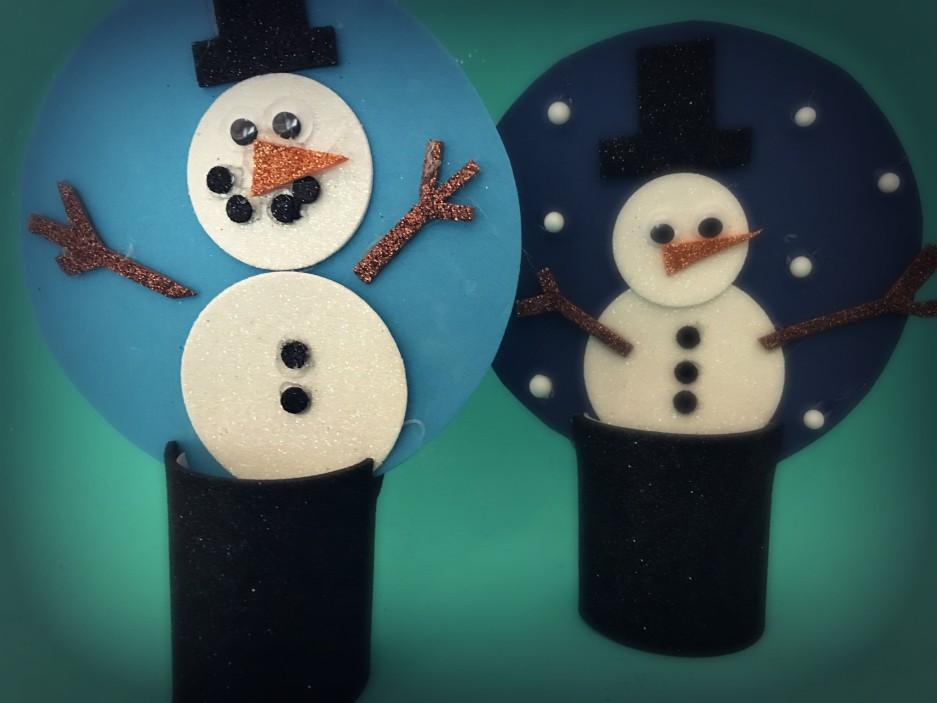 Lavoretti Di Natale Con Colla Vinilica.Lavoretto Sfere Di Neve Con Pupazzo