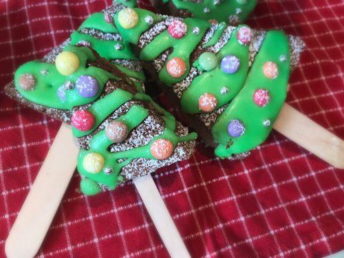 Cake pops a forma di albero di Natale