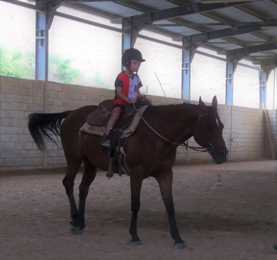 bambini a cavallo