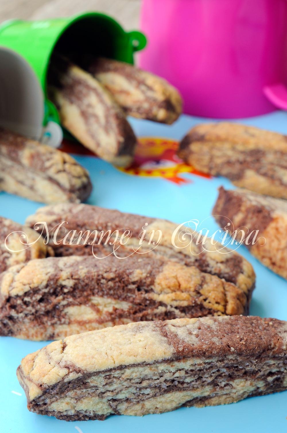 Biscotti marmorizzati ricetta veloce per bambini mamme in cucina
