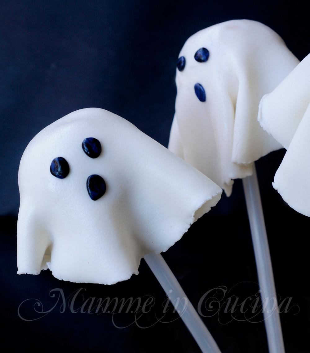 Cake pops fantasmini biscotti ricetta halloween per bambini mamme in cucina
