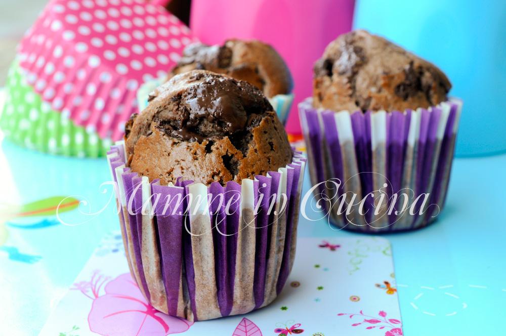 Muffin al cacao ripieni al cioccolato ricetta veloce mamme in cucina