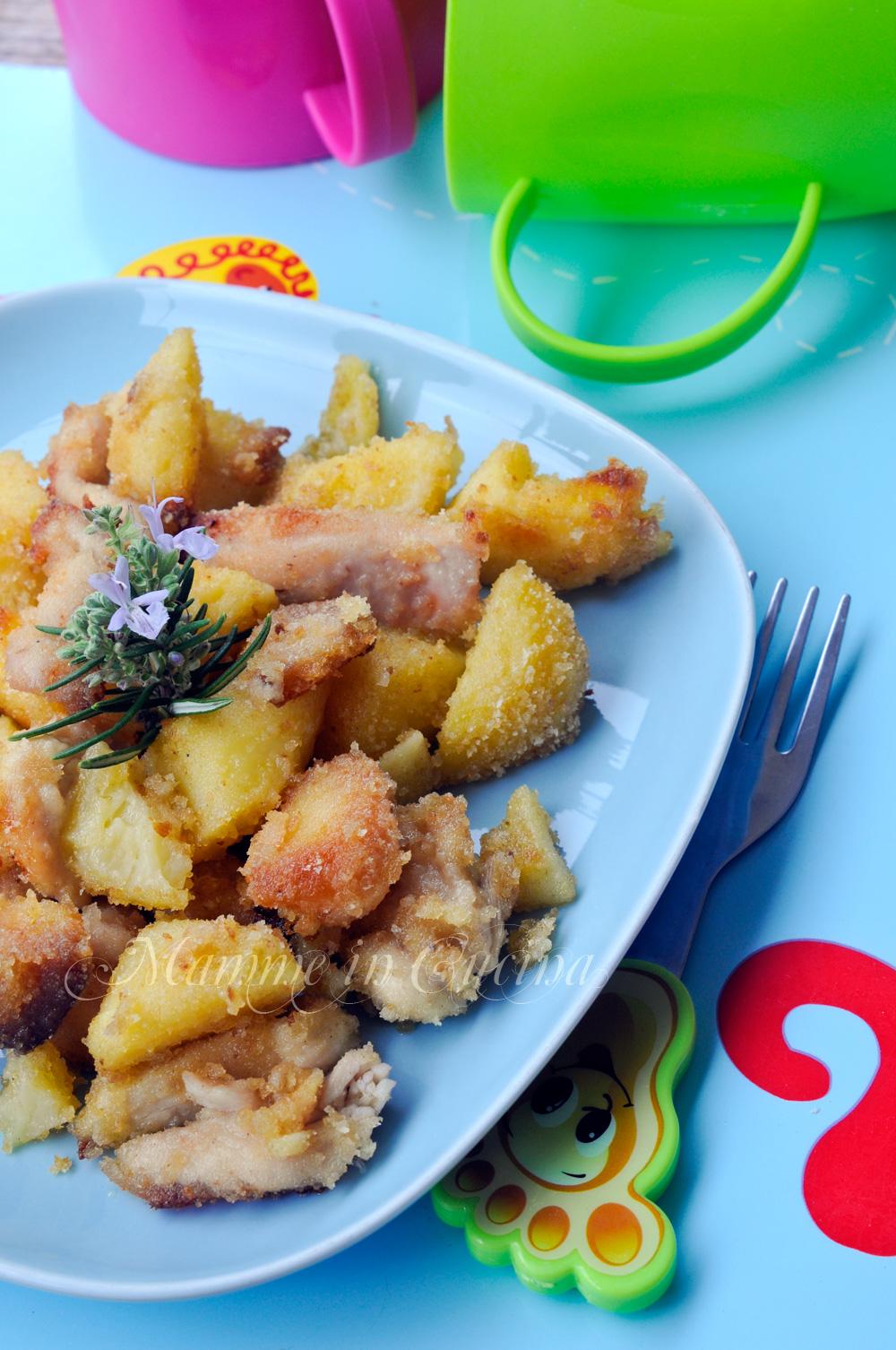 Straccetti di pollo con patate sabbiose al forno