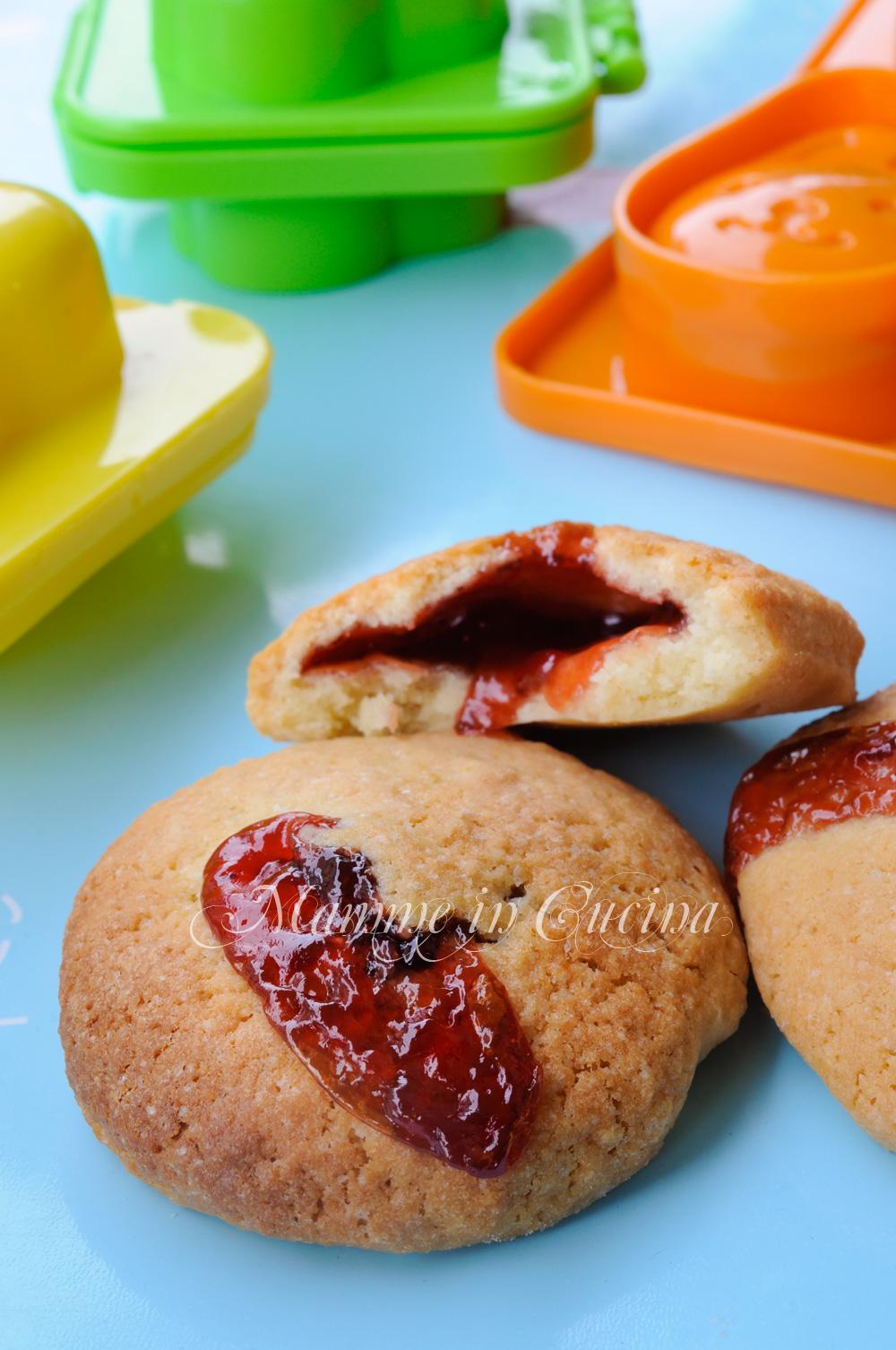 Biscotti ripieni con marmellata ricetta facile mamme in cucina