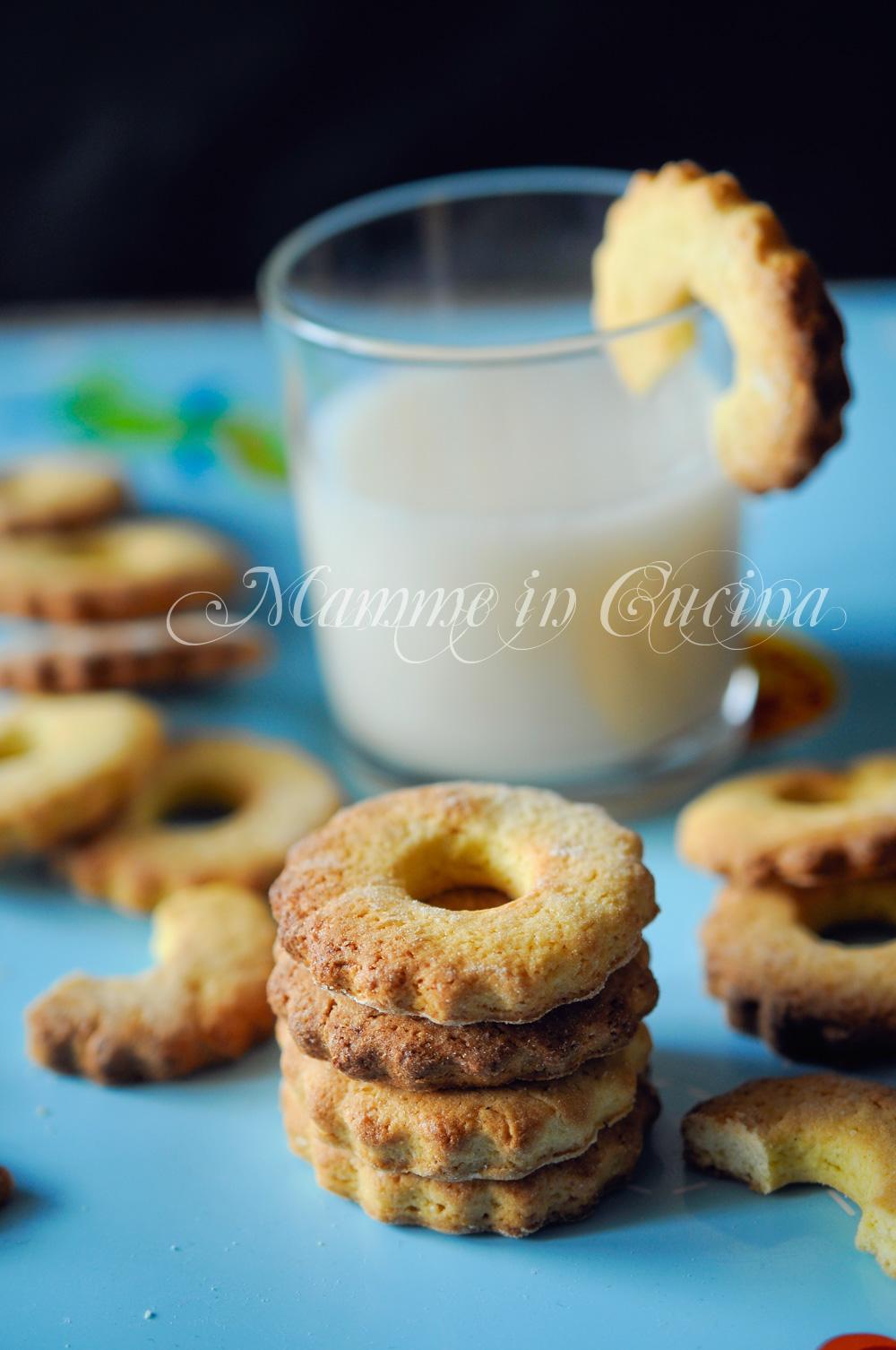 Biscotti con olio ricetta facile e veloce ricetta colazione for Cucina facile ricette