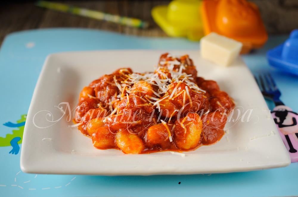 Gnocchi con polpette al sugo ricetta facile mamme in cucina