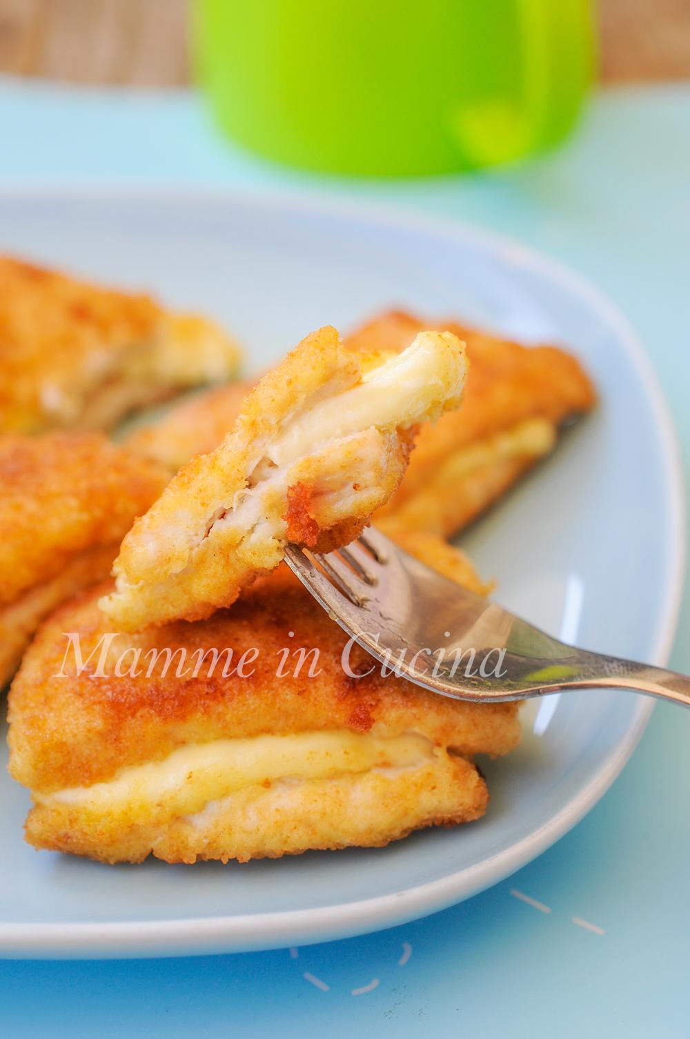Cotolette di pollo ripiene al formaggio mamme in cucina