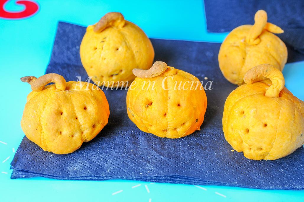 Zucche di halloween stuzzichino sfizioso facile e veloce mamme in cucina
