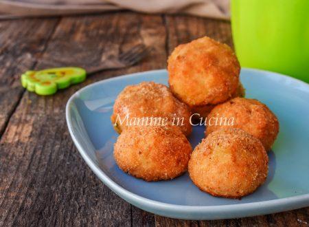 Polpette di salmone e patate ricetta facile
