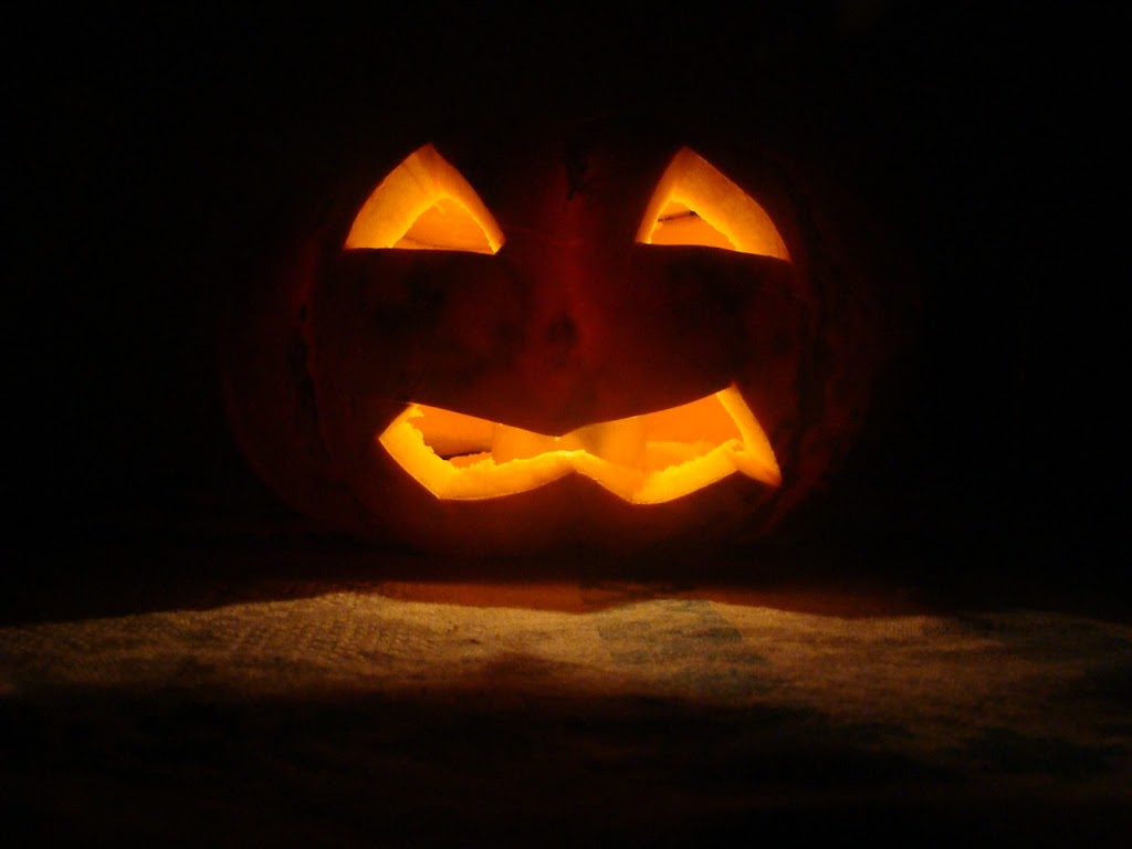 Zucca Di Halloween Paurose.La Zucca Di Halloween Mariaelena La Banca