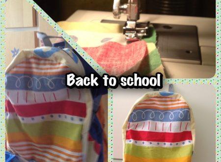 Back to school: zainetto fai da te con 2 federe di cuscino (tutorial dettagliato)