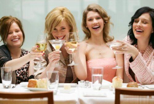 Il potere delle risate a crepapelle (e delle amiche)
